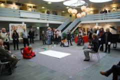 Globale indtryk - Benjamin spiller på hang og Gui inspireres til at male 1.3.2009