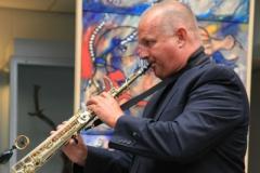 Hans Barfod spiller ved den dansk/franske kunst- og kulturuge i Borup Kulturhus, 2010.