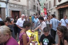 Dansk buffet i gaderne i Saint Jeannet ved dansk/fransk kunst- og kulturuge i Provence 2011